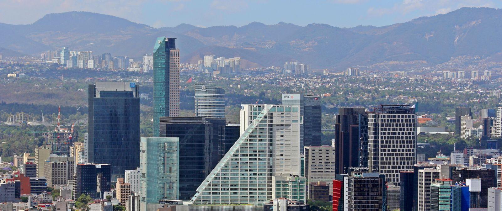 Ciudad_de_Mexico_City_Distrito_Federal_DF_Paseo_Reforma_Skyline